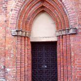 Eingang zur Lüner Klosterkirche, St. Bartholomäi-Gemeinde in Lüneburg.
