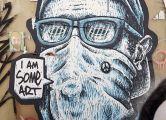 """Fotohinweis: Graffito """"I am some art"""" (""""Ich bin eine Art Kunst"""" / """"Ich bin ein bisschen Kunst"""") (Peter Weidemann / in: pfarrbriefservice.de)"""